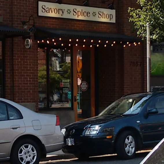 Thanks to our friends at the Savory Spice Shop for the great cinnamon and cardamom for the Cinnamon and Lemon-Cardamom ice creams. #pdxicecream #cinnamon #pdxeats #sellwood #sellwoodbridge